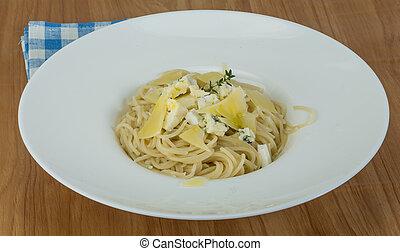 Four cheese spaghetti