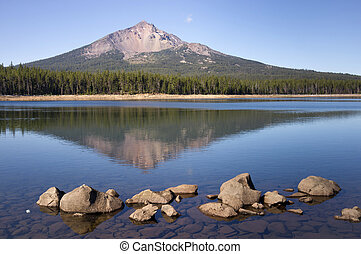 Four Mile Lake Mount McLoughlin Klamath County Oregon...