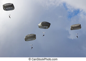 military paratroopers