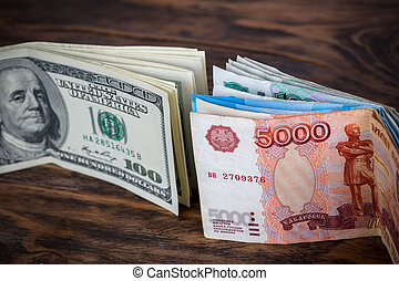 foyer, bois, debout, gros plan, billets banque, rubl, sélectif, surface, dollar, brun, russe, nous