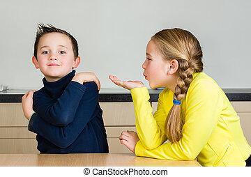 frère, main, baiser, enfant, coups, (girl)