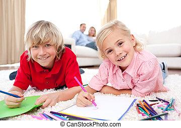 frères soeurs, heureux, dessin, mensonge, plancher