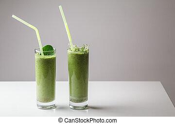 fraîchement, mélangé, vert, smoothie fruit, dans, verre, à, straw., thème, de, nourriture crue, vivant, nourriture, manger sain, fond