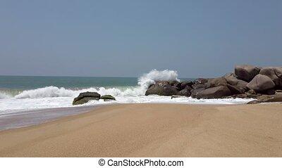 fracas, pierres plage, contre, 2, vagues