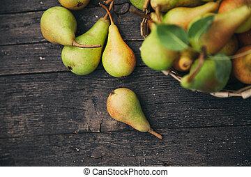 frais, poires