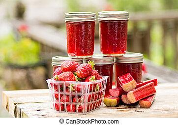 fraise fraîche, gelée, rhubarbe