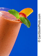 fraise, pêche, smoothie
