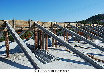 Framework for the roof - framework of house roof under ...