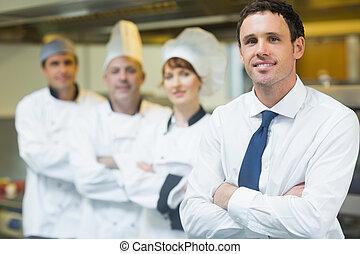 framställ, chef, ung, lag, restaurang, främre del