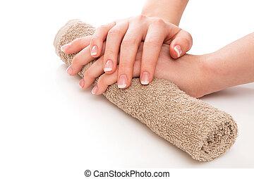 francuszczyzna manicure, siła robocza