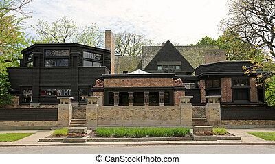 Frank Lloyd Wright Home & Studio