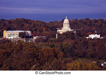 Frankfort, Kentucky - State Capitol Building and Governor's ...