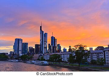 frankfurt, an, sonnenuntergang