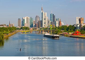 Morgen Frankfurt cityscape sommer sonnig frankfurt morgen stockfotografie suche
