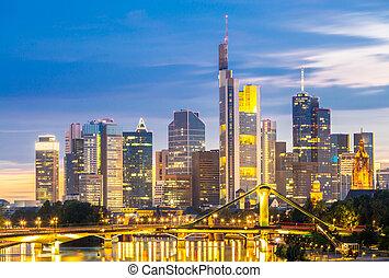 Frankfurt Skylines at disk - Frankfurt am Mine Skyscraper...