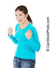 frau, auf, glücklich, junger, fäuste, aufgeregt, erfolg