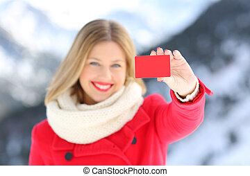 frau, ausstellung, a, kreditkarte, in, winter