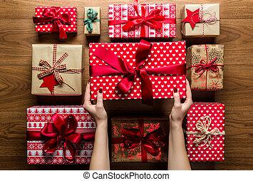 frau, beautifuly, weinlese, geschenke, hölzern, hintergrund...