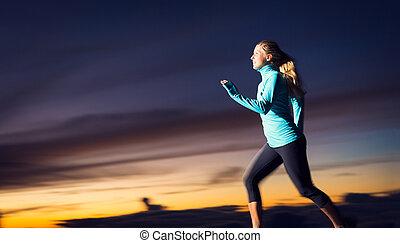 frau, dämmerung, athletische, bewegung, rennender , sonnenuntergang, verwischen