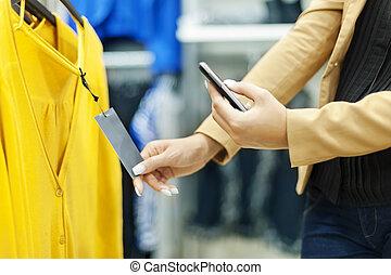 frau- einkaufen, qr, code, einkaufszentrum, abtastung
