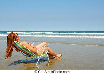 frau entspannung, auf, sandstrand