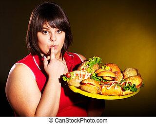 frau essen, hamburger.