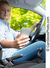 frau, fahren, Telefon, Beweglich, Auto,  texting, während