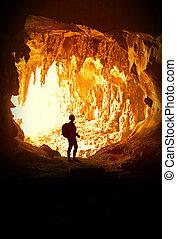 frau, höhle