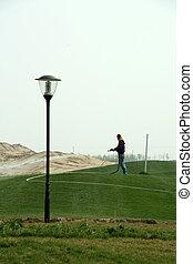 frau, in, a, golfplatz