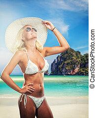 frau, in, bikini, strand