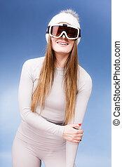 frau, in, thermale unterwäsche, ski, googles