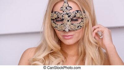 frau, karneval schablone, oben ohne, blond, prächtig