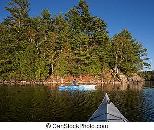 frau, kayaking, auf, nördlich , see