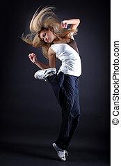 frau, modern, gegen, tänzer, schwarzer hintergrund
