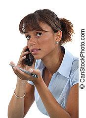 frau, schwierig, erklären, etwas, aus, der, telefon