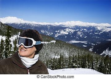 frau, skier, in, berge.