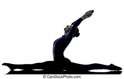 frau, trainieren, hanumanasana, affe, haltung, joga, silhouette