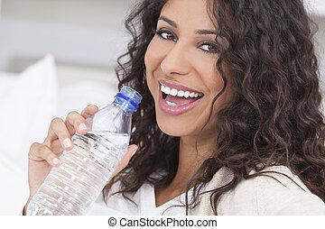 frau, wasser, spanisch, flasche, trinken, glücklich