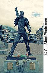 Freddie Mercury statue in Montreux, Switzerland - MONTREUX,...