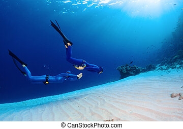 freedivers, mare