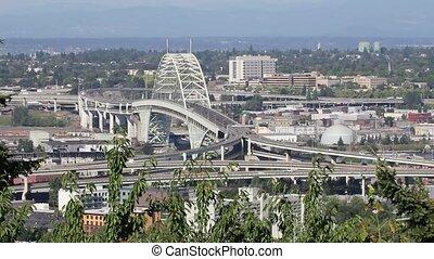 Freemont Bridge Portland Oregon - Freemont Bridge in...