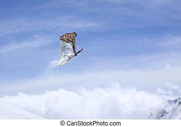 freeride., esquíe saltar, montañas., jinete, extremo