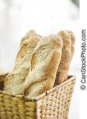 french baguette in basket - fresh french baguette bread in ...