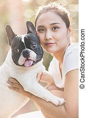 french bulldog kiss girl