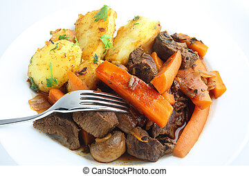 French stule beef and carrot stew - French-style beef and...