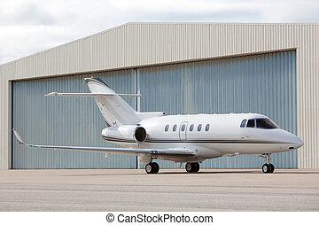 frente, hangar, chorro privado, estacionado