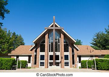 frente, moderno, iglesia, grande, cruz, cielo azul, granangular