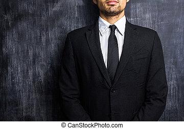 frente, quadro-negro, homem negócios, em branco