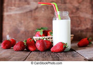 fresas, y, leche, en, un, vidrio