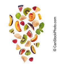 fresco, frutas misturadas, pedaços, queda, salada fruta, isolado, branco